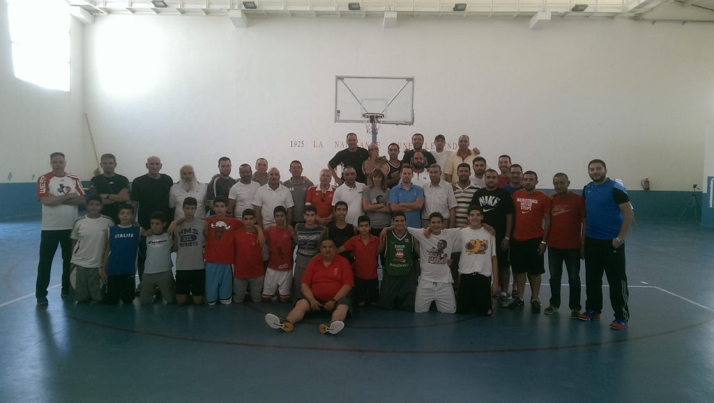 Group picture with all participating coaches and the U14 demo team of Sousse